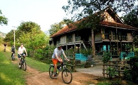 Khám phá Mai Châu bằng xe đạp