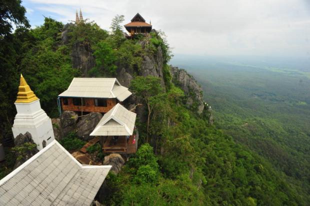Không gian trong lành và đẹp tuyệt mỹ của cố đô Lampang ở Thái Lan